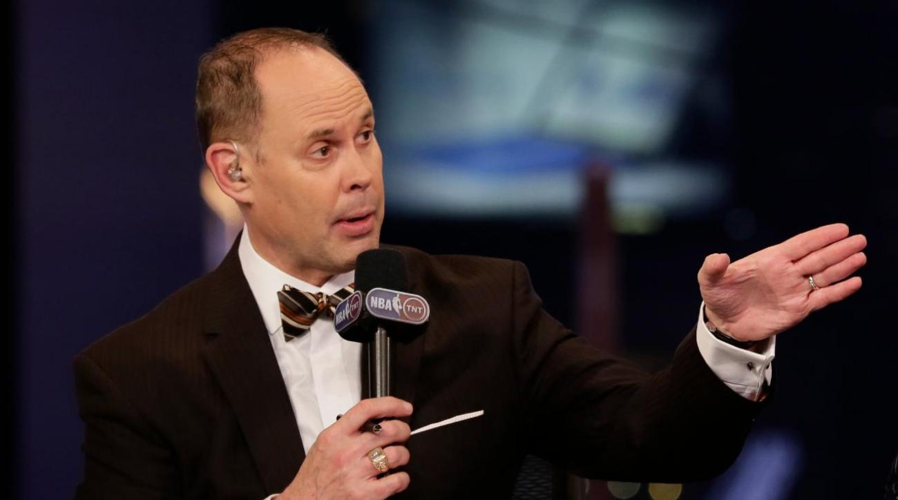 Ernie Johnson discusses election segment that went viral