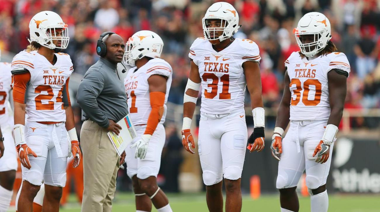 Texas football players threaten to boycott TCU game