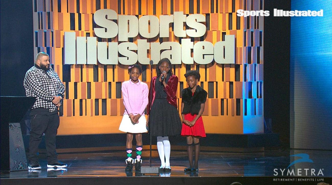 Sheppard sisters accept the SportsKids of the Year award