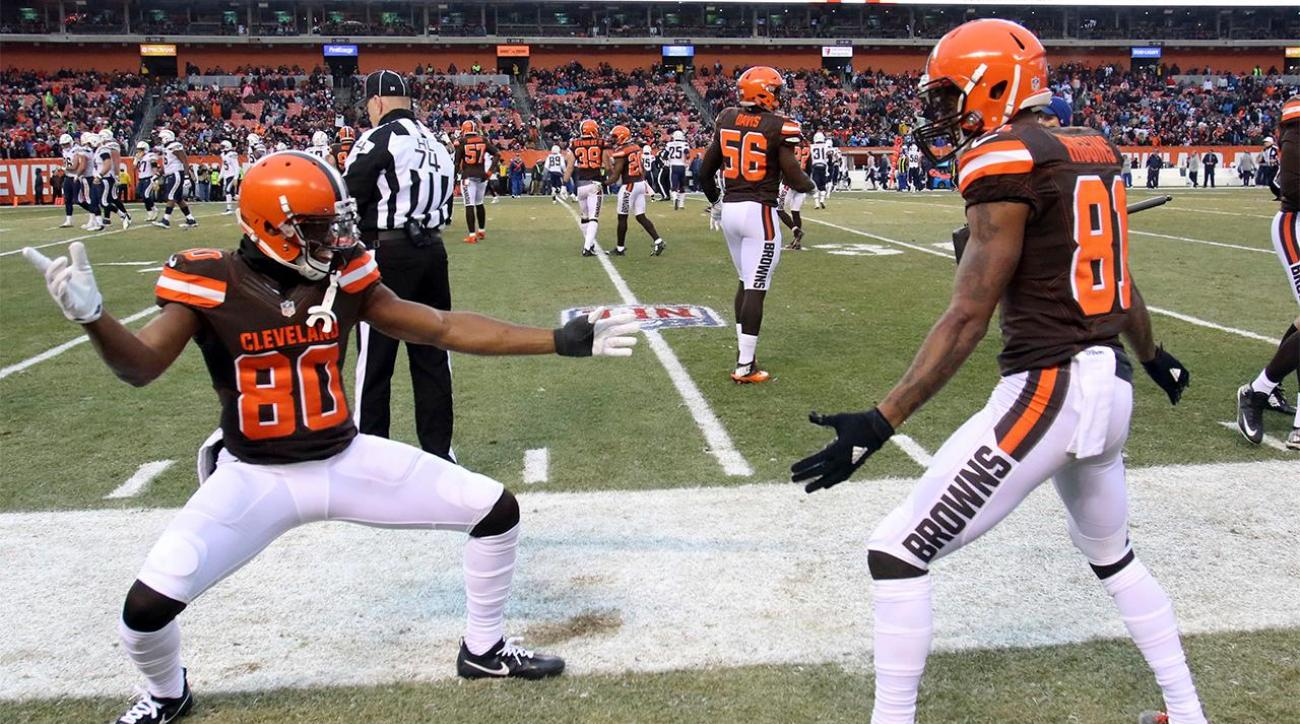 Browns win first game in over a year