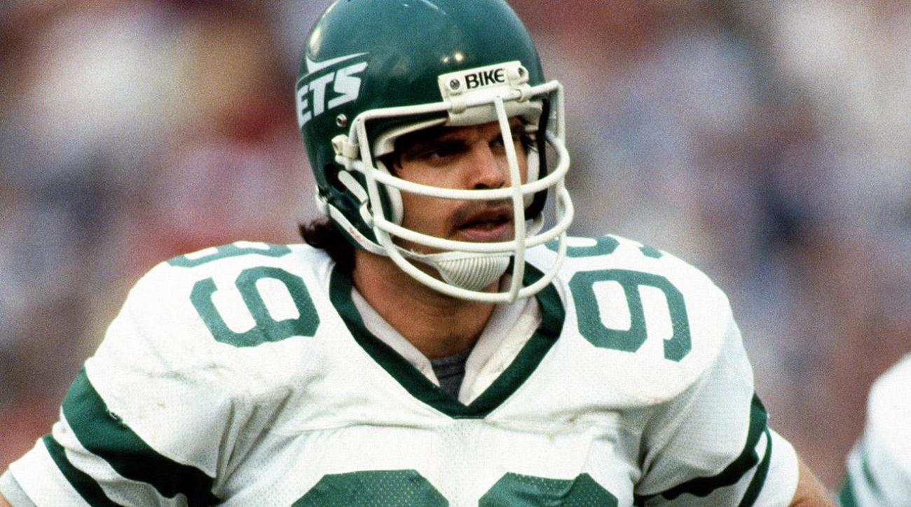 Former Jets star Mark Gastineau says he has several health issues IMAGE