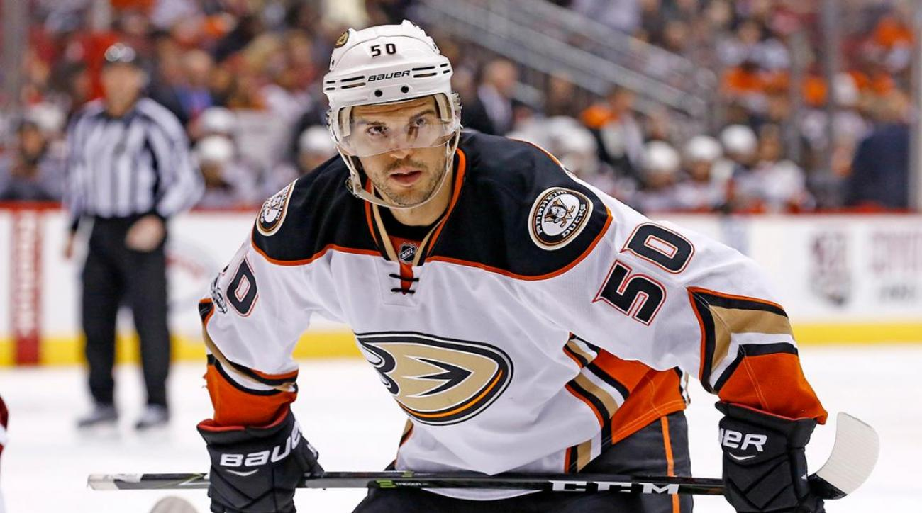 Antoine Vermette suspended 10 games for physical abuse of official