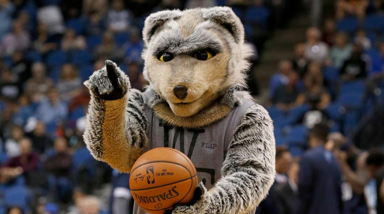 Karl Towns Sr. is considering a lawsuit against the Wolves and their mascot