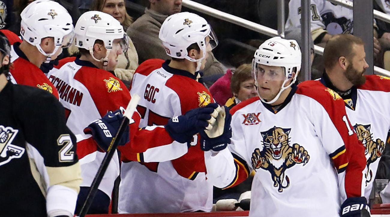 Panthers snap Penguins' home win streak with 5-1 win