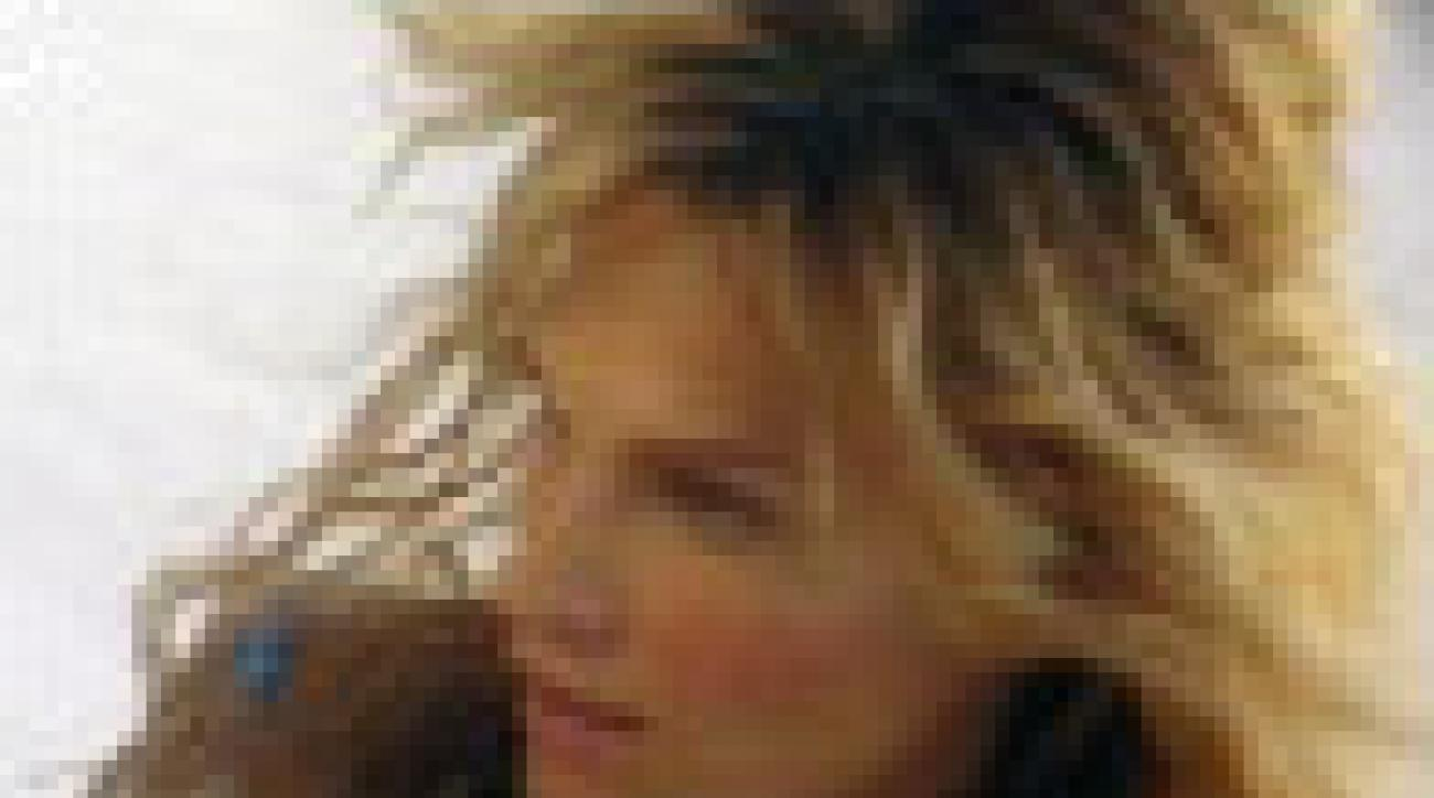 Molly Sims: Behind the Scenes