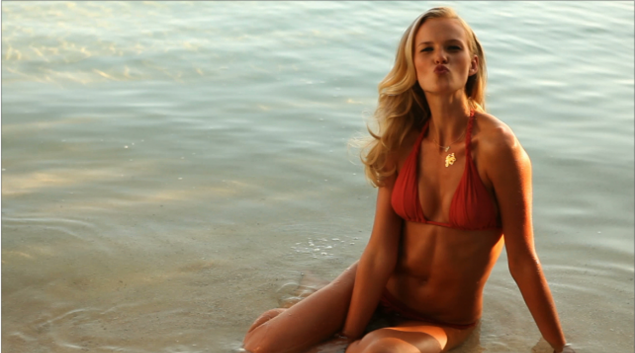 Anne V Outtakes, SI Swimsuit 2011