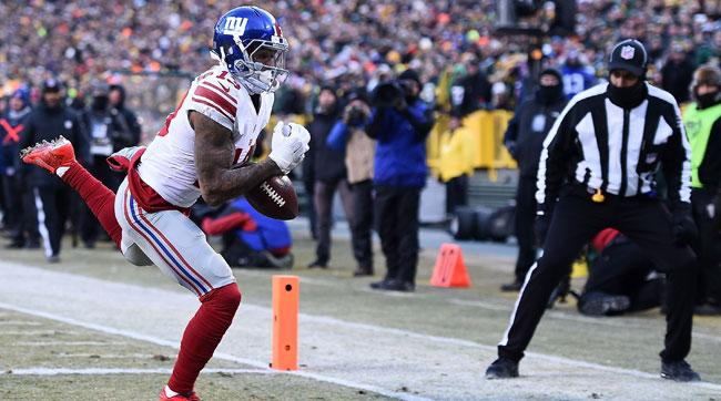 Odell Beckham Jr. drops a pass in the end zone against the Packers.