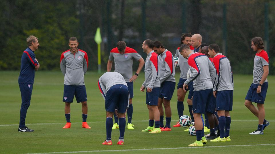 Klinsmann maintains 'realistic' World Cup approach, backs NYT comments