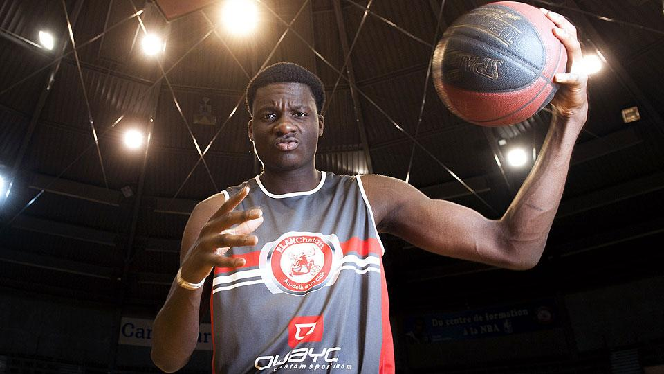 Clint Capela selected by Rockets with No. 25 pick in NBA draft