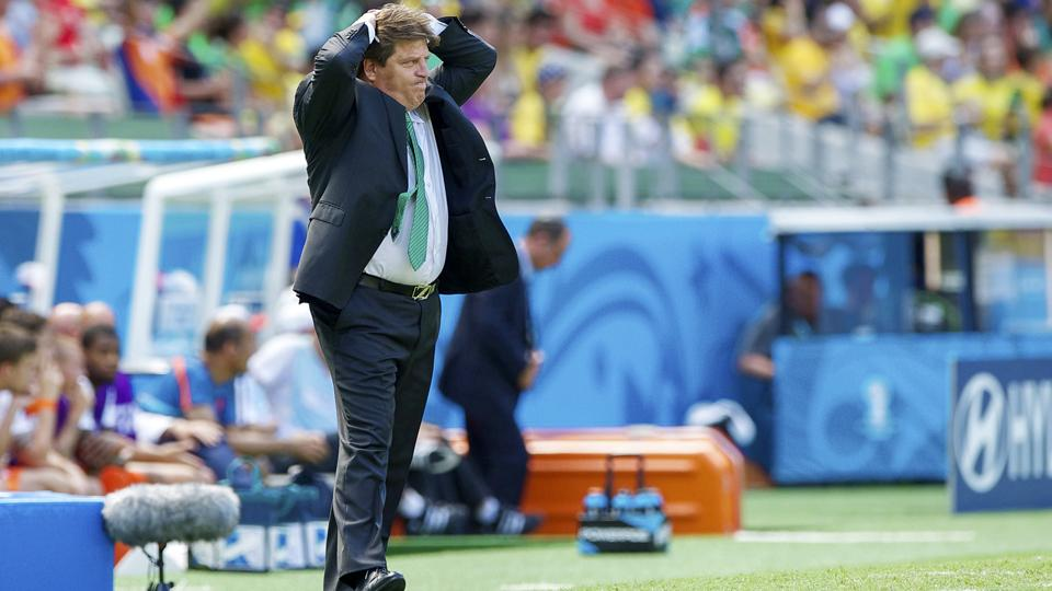 Mexico manager Miguel Herrera was livid with the last-minute penalty call that went against El Tri and gave the Netherlands a chance to advance to the World Cup quarterfinals with a PK.