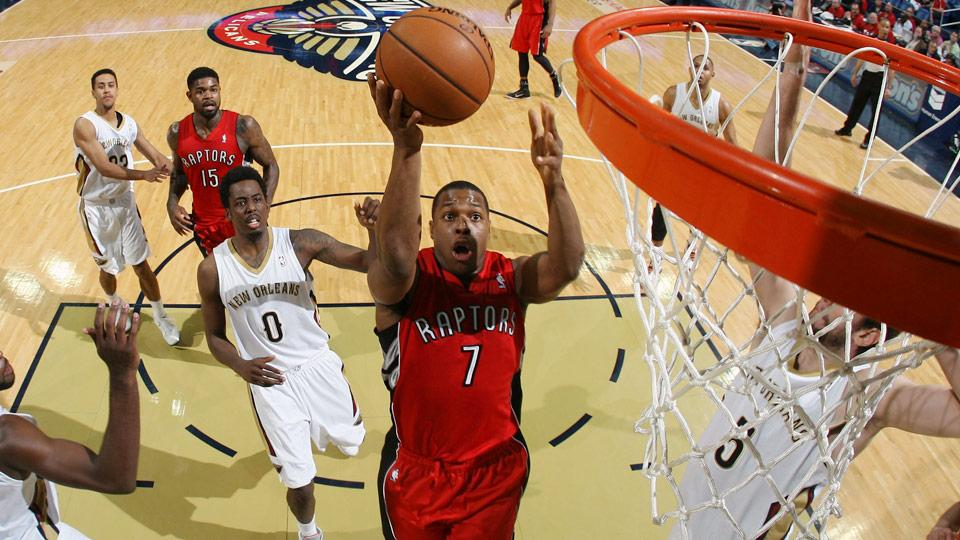 The Raptors are expected to make a significant offer to re-sign point guard Kyle Lowry.