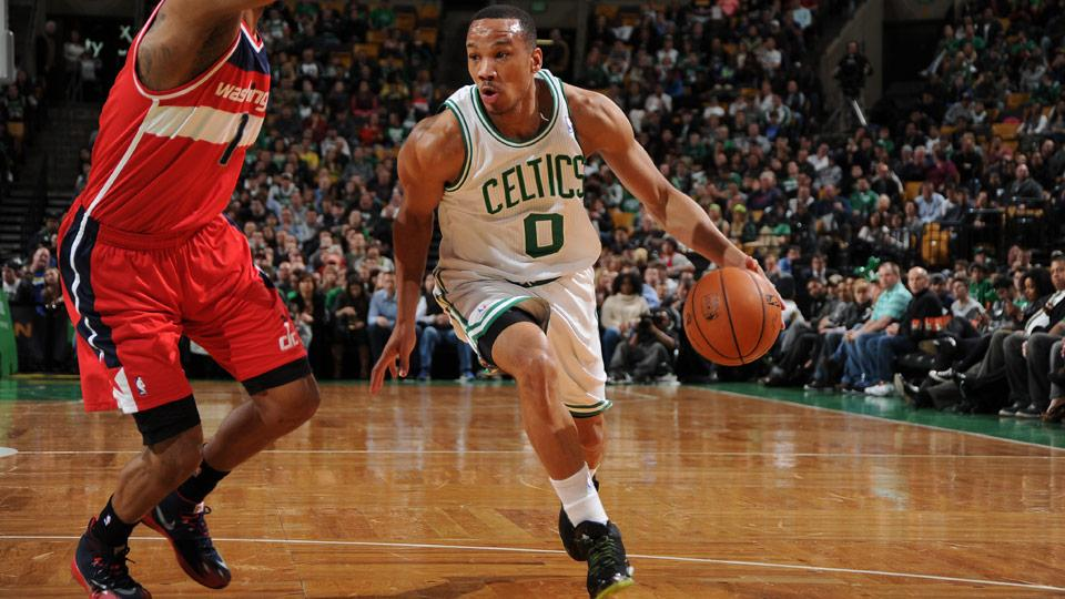Avery Bradley is returning to the Celtics on four-year contract.