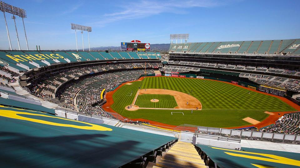 A's reach last-minute stadium lease deal