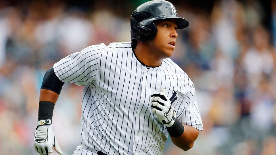 Yankees send Yangervis Solarte to Triple-A