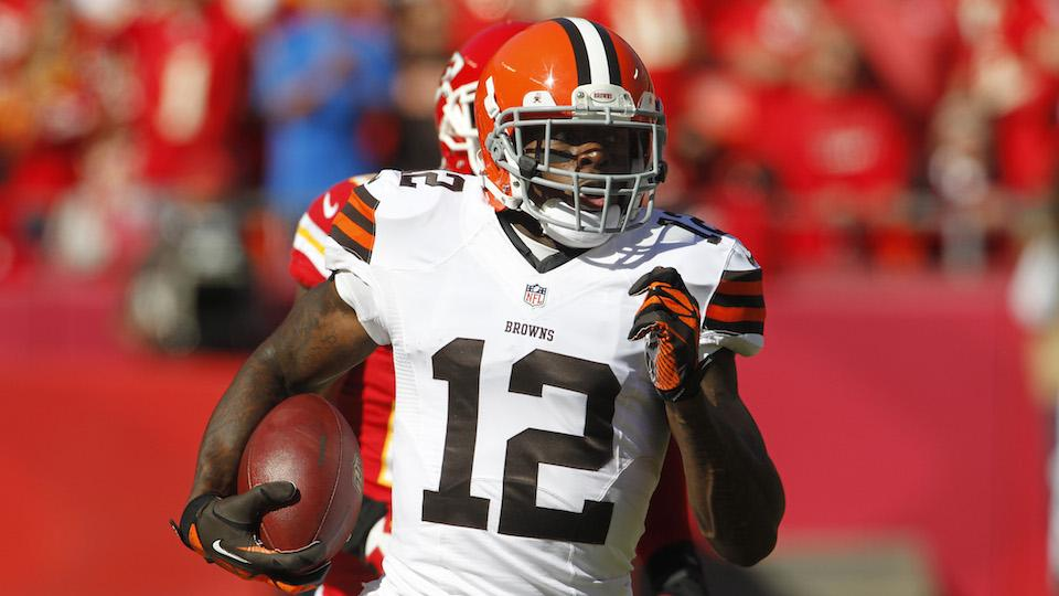 Report: Browns wide receiver Josh Gordon arrested for DWI