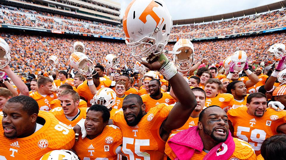 Butch Jones, Tennessee look to turn young promise into production