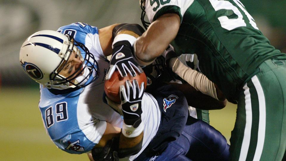 Former Titan Frank Wycheck criticizes concussion settlement terms