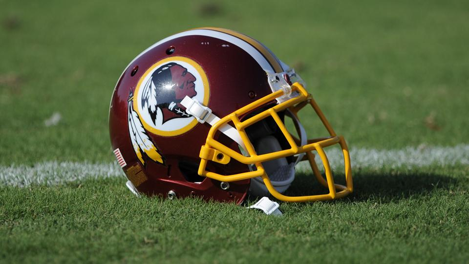 Blogger hired by Redskins quits two weeks after taking job