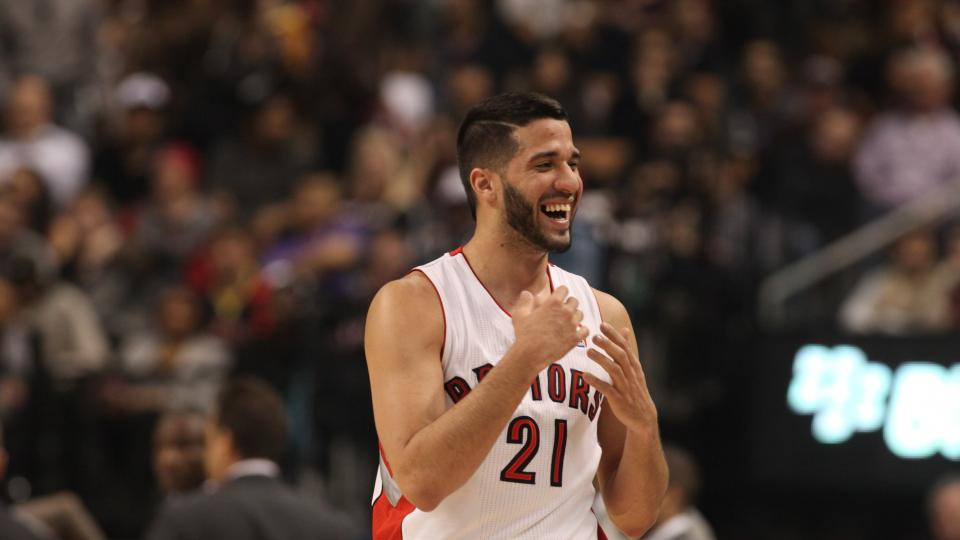 Report: Raptors reach 2-year, $13 million deal with RFA Greivis Vasquez