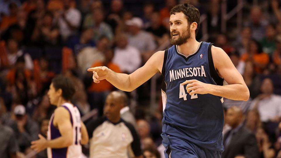Report: Cavs pursuing Kevin Love in trade if LeBron picks Cleveland
