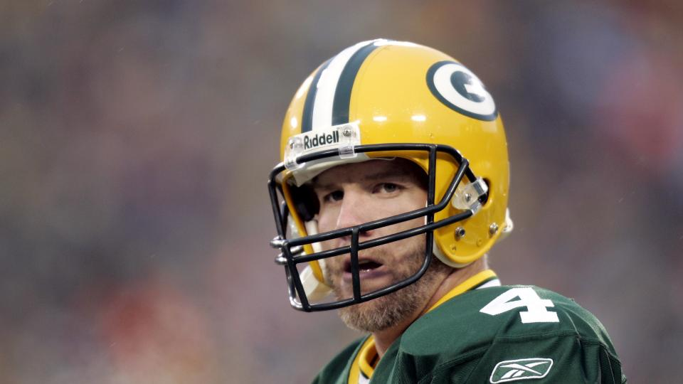 Mark Murphy: Packers don't expect to retire Brett Favre's number this year