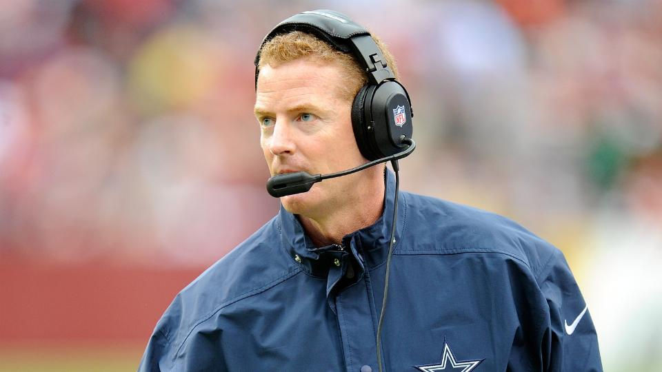 Donovan McNabb says he's not sure why Jason Garrett still has a job