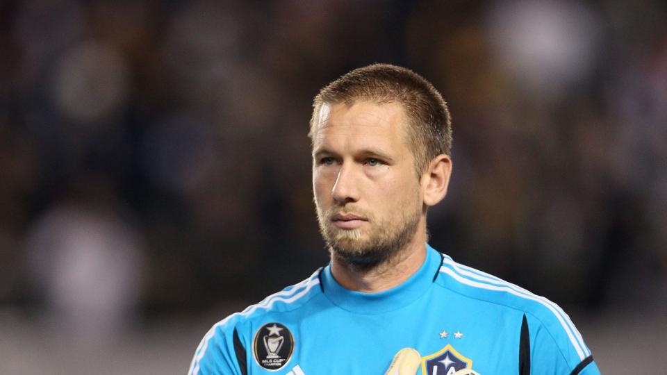 New York City FC signs veteran goalkeeper Josh Saunders