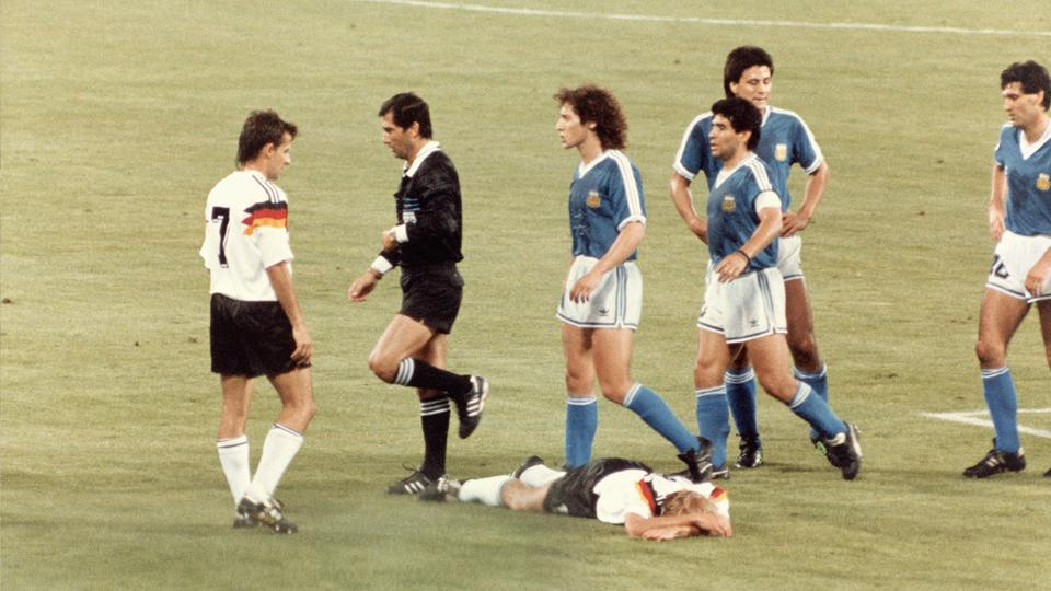 Referee Edgardo Codesal, second from left, was at the center of controversy in the 1990 World Cup final between Argentina and West Germany.