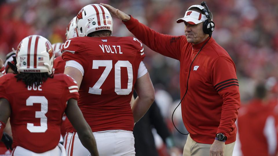 Wisconsin head coach Gary Andersen OK with 10-game conference schedule