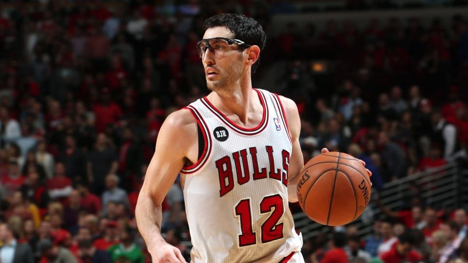 Report: Guard Kirk Hinrich re-signs with Bulls