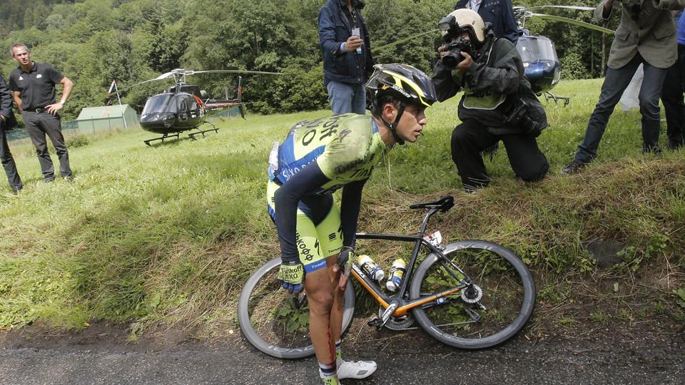 Two-time Tour de France champion Alberto Contador out after crash