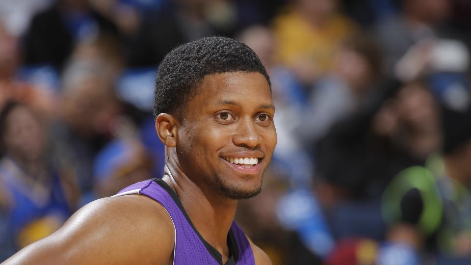 Report: Rudy Gay still deciding whether to sign extension with Kings