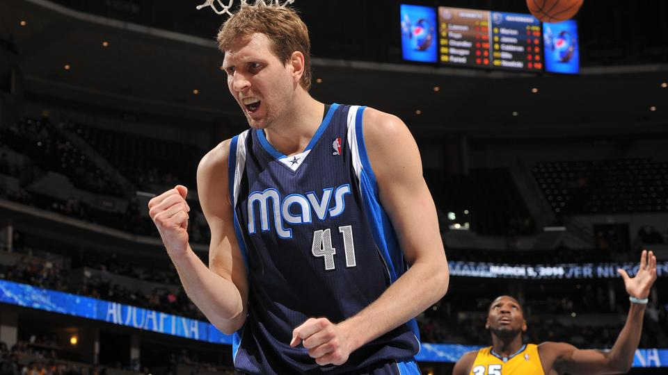 Report: Nowitzki turned down max offers to stay in Dallas