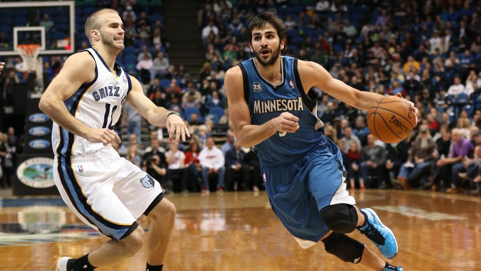 Report: Ricky Rubio seeking 5-year max extension from Timberwolves