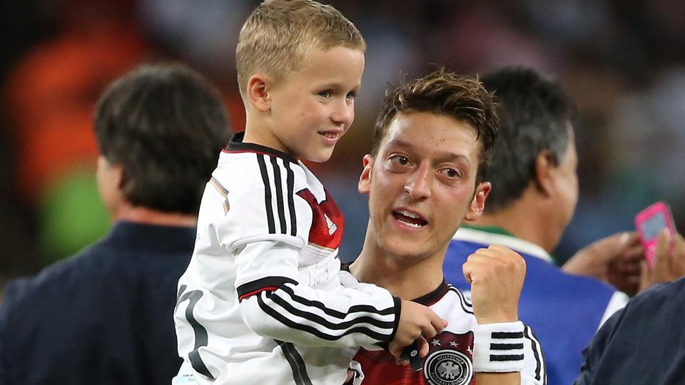 Germany's Mesut Özil will donate World Cup bonus to people in Brazil