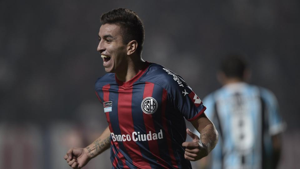San Lorenzo's Ángel Correa to miss six months after heart surgery