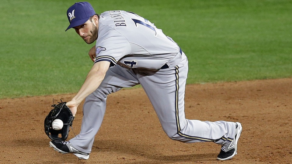 Brewers place infielder Jeff Bianchi on disabled list