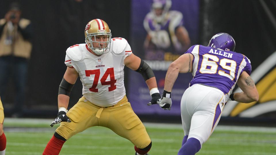 San Francisco 49ers extend Joe Staley through 2019