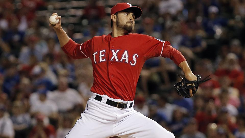 Report: Tigers in ongoing discussions for Rangers reliever Joakim Soria