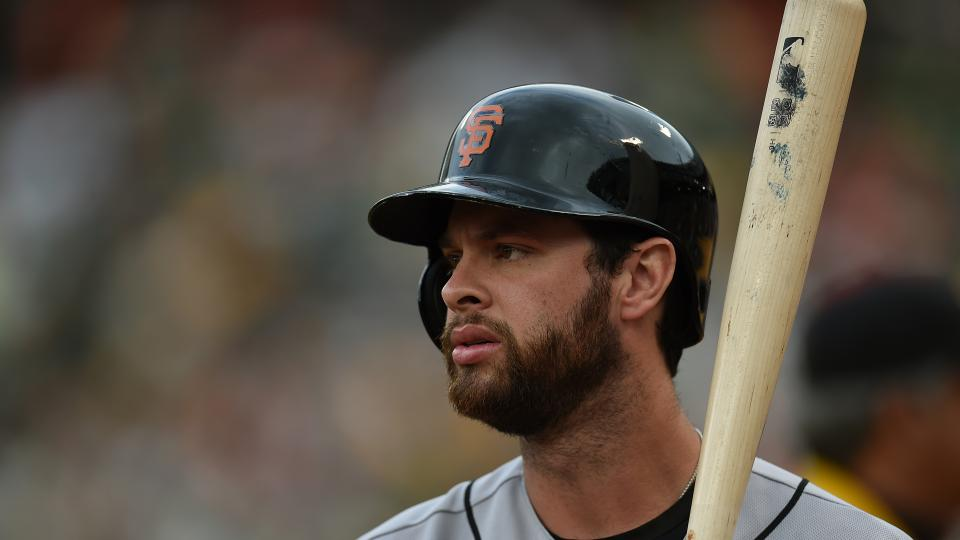 Giants' Brandon Belt to DL after being hit in face by thrown ball