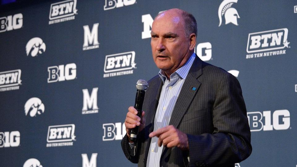 Big Ten's Delany: NCAA Power Five schools won't add more scholarships