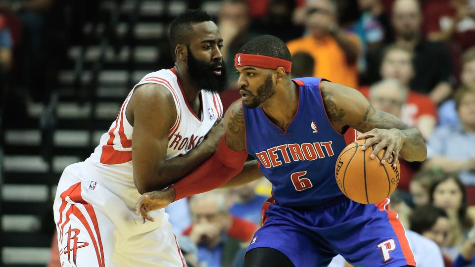 Report: Pistons tell Josh Smith he's likely to remain in Detroit