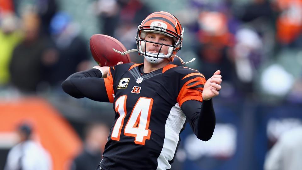 Bengals' Mike Brown: Andy Dalton's deal 'should be around Kaepernick's'
