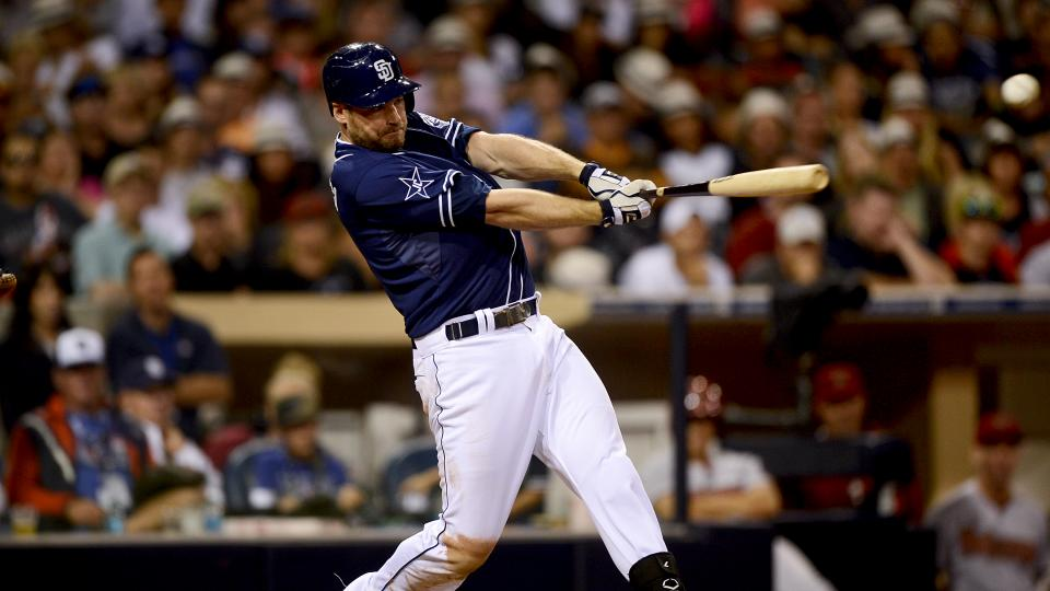 Yankees trade for third baseman Chase Headley