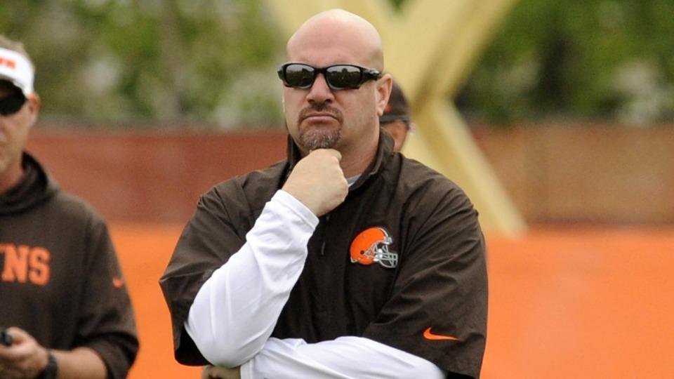 Browns coach Mike Pettine: Team won't cut WR Josh Gordon