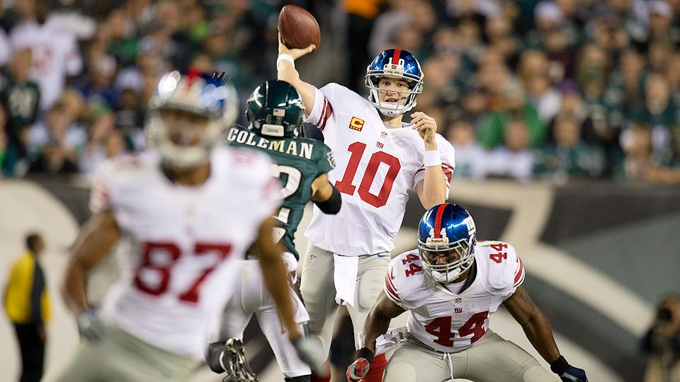 Giants hope new offense can help Eli Manning return to former glory