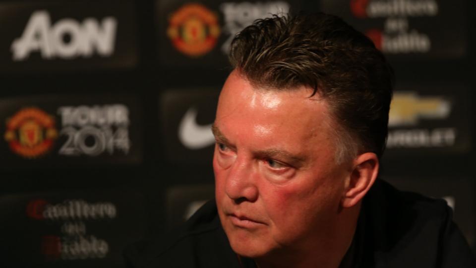 Manchester United's Louis van Gaal criticizes club's U.S. schedule