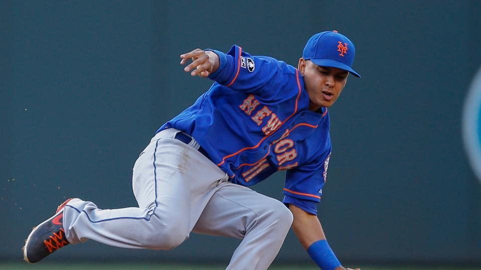 New York Mets' Ruben Tejada 'OK' after being hit on hand by pitch