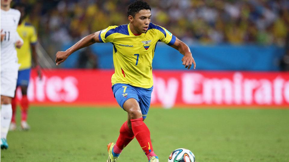Ecuador winger Jefferson Montero signs with Swansea City