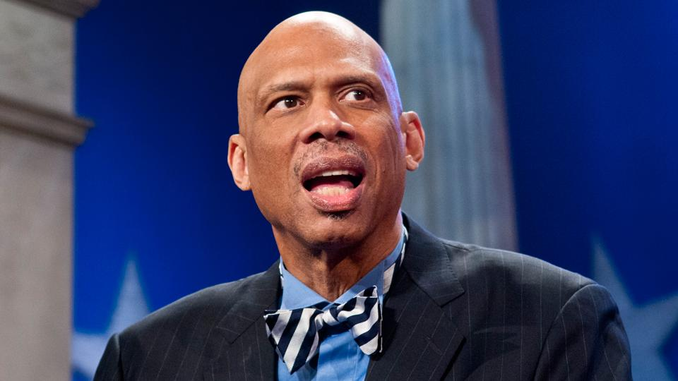 Kareem Abdul-Jabbar argues for college athlete unions